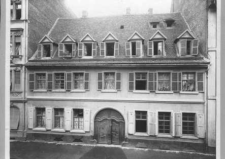 House S 2, 12, where the Weinbergs lived 1933 - 1939
